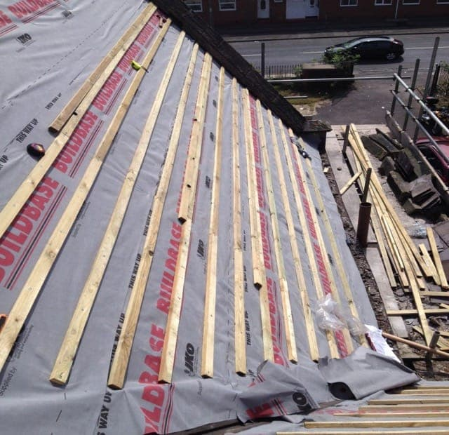 Latting and felting Roofs in S Bristol